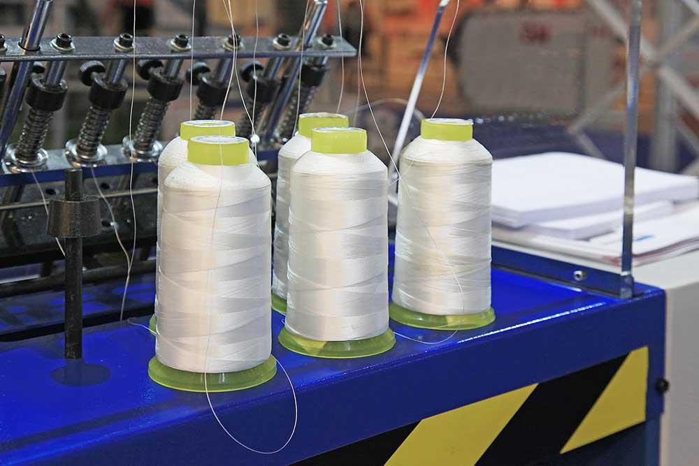 introligatornia oprawa sztancowanie klejenie piaseczno drukarnia galia warszawa perforacja otwory w papierze szyta klejona twarda bigowanie